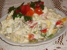 Kalafiorowa sałatka
