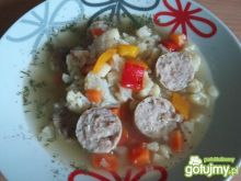 Kalafiorowa z papryką i białą kiełbasą
