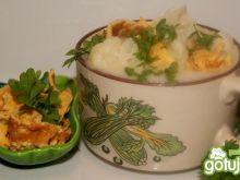 Kalafiorowa ze złocistym makaronem