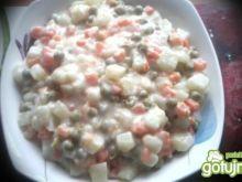 Kalarepa z marchewką i groszkiem