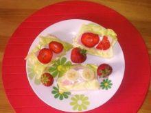 Kanapeczki dla najmłodszych  z owocami..