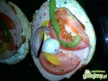 Kanapeczki z sosem