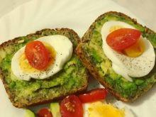 Kanapki z jajkiem i awokado