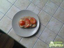 kanapki z serem i pomidorem
