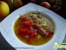 Kapuśniaczek z pomidorami