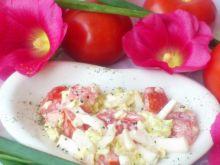 Kapusta pekińska z pomidorem