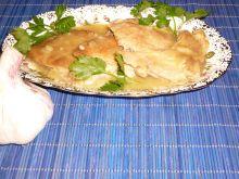 Karczek w czosnkowo-cebulowym sosie