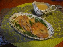 Karczek w sosie grzybowo-śmietanowym