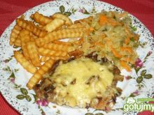 Karczek zapiekany z pieczarkami i serem