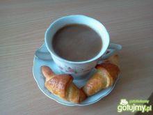 Kardamonowo-cynamonowa kawa popołudniowa