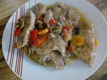 Karkówka i schab w sosie z warzywami