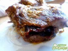 Karkówka nadziana chili i suszoną śliwką