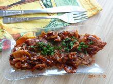 Karkówka pieczona w sosie