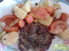 Karkówka pieczona z warzywami 3
