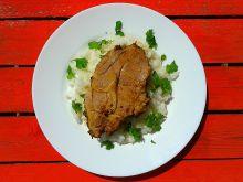 Karkówka w curry z czarnuszką