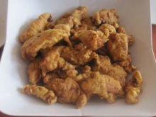 Kąski kurczaka w cieście naleśnikowym