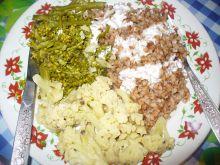 Kasza gryczana z kalafiorem i brokułem