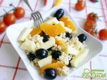 Kasza jaglana na śniadanie z owocami
