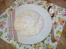 Kasza jęczmienna na mleku z wiórkami kokosowymi