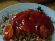 Kasza z sosem pomidorowym
