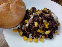 Kaszanka z patelni z kukurydzą i serem