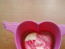 Kaszka manna na mleku z sokiem wiśniowym