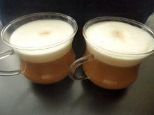 Kawa karmelowa z pianką