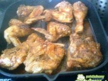 Kawałki kurczaka na pikantną nutę