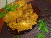 Kawałki kurczaka smażone w głębokim  tłuszczu