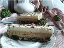 Kawowo-czekoladowa pianka na chrupiącym spodzie