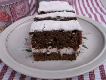 Kefirowe ciasto z cytrynową bitą śmietaną
