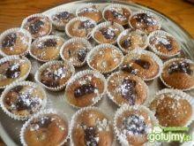 Kefirowe muffinki z czereśniami i makiem