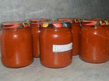 Ketchup z cukinii, papryki i jabłka na zimę