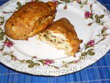Kieszonki drobiowe z pieczarkami i serem