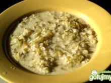 Klasyczna polska ogórkowa z ryżem