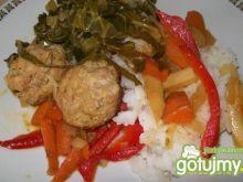 Klopsiki imbirowe z warzywami