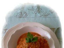 Klopsiki mięsne z kalafiorem w sosie