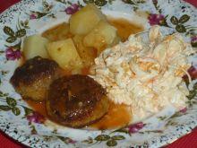 Klopsiki mięsno-dyniowe w sosie pomidorowym