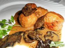 Klopsiki w sosie z suszonych grzybów