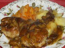Klopsiki z kurczaka w sosie grzybowym