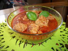 Klopsiki z mięsa i kaszy w sosie pomidorowym