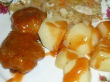 Klopsiki z żółtym serem w sosie pomidorowym