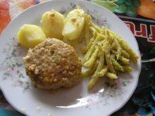 Klopsy wieprzowo-wołowe w sosie pieczark