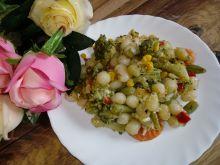 Kluseczki ziemniaczane z warzywami i serem