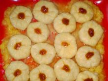 Kluski serowe z sosem jabłkowym :