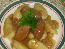 Kluski ziemniaczane z sosem