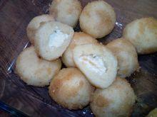 Knedle ziemniaczane z białym serem