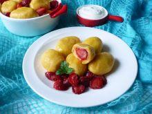 Knedle ziemniaczano-dyniowe z truskawkami