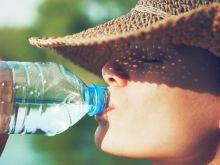 Jak wybrać wodę do picia?