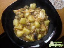 Kociołek ziemniaczano - kalafiorowy.